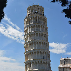 Pisa by Lynnie Keathley - Buildings & Architecture Public & Historical