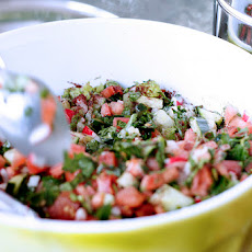 Fatoosh (Middle Eastern Bread Salad)