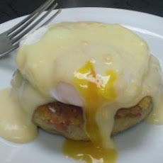 Cheesy Eggs Benedict