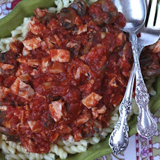 Mushroom Chicken Marinara Sauce with Gemelli Pasta