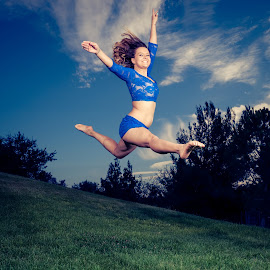 Yes! by Scott Zinda - People Musicians & Entertainers ( flash, girl, sky, grass, ballet, dance, jump )