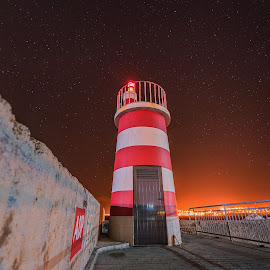 LIGHTHOUSE by Francisco Correia - Buildings & Architecture Other Exteriors ( port, red, lighthouse, porto santo, light,  )