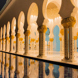 by Mohamed Fouad - Buildings & Architecture Other Exteriors ( reflection, mosque, sheikh zayed mosque, , vertical lines, pwc )