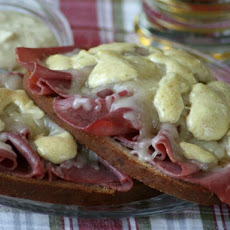 No-Kraut Open Faced Reuben
