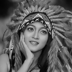 termenung by Vian Arfan - Black & White Portraits & People