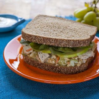 Fast 'N' Fresh Curried Chicken Salad Sandwich