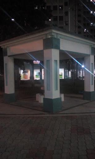 976 Square Pavilion