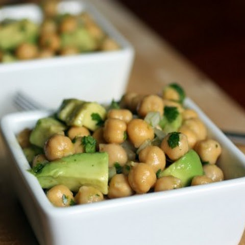 Avocado and Chickpea Salad