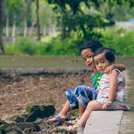 brotherhood by Muhammad Berkati - People Family ( kids, smile, people )