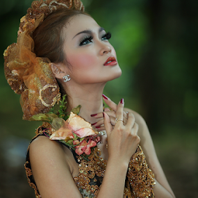pray for you .... by Sahid Djatmika - People Fashion