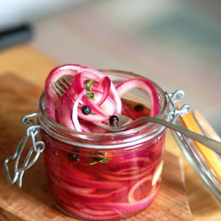 Make Quick-Pickled Onions