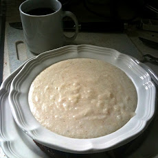 Flying Biscuit's Creamy Dreamy White Cheddar Grits