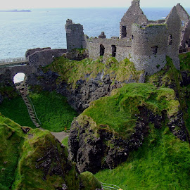 Dunluce Castle by Stephen Kennedy - Buildings & Architecture Decaying & Abandoned