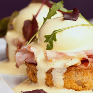 Classic Canadian Bacon Eggs Benedict