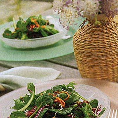 Farmers Market Green Salad with Fried Shallots
