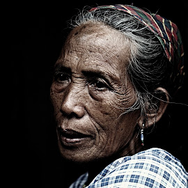 The Stare by River Chad - People Portraits of Women ( philipines, village, woman, kalinga, nikon, portrait )