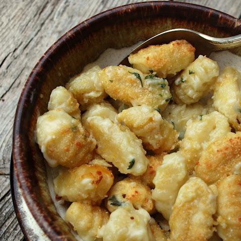 Cheesy Skillet Gnocchi Recept | Yummly