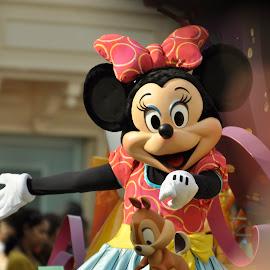 Mini Mouse by Jose Matutina - People Musicians & Entertainers ( mouse, minimouse, color, disney, entertainer,  )