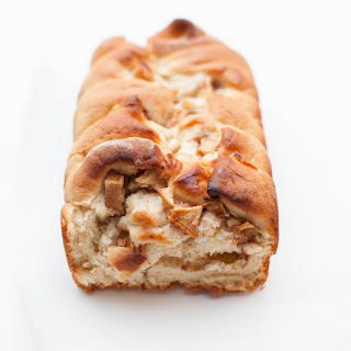 Apple Cinnamon Loaf