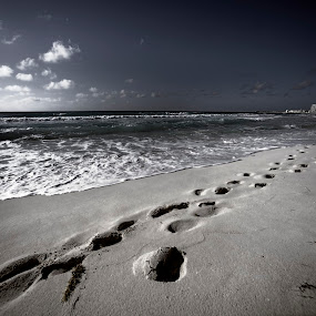 Foot step in the sand by Cristobal Garciaferro Rubio - Landscapes Beaches