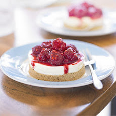 Manuka Honey Cheesecake With Raspberries