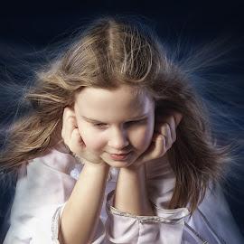 Angel by Dmitry Laudin - Babies & Children Child Portraits ( angel, girl, hair. portrait )