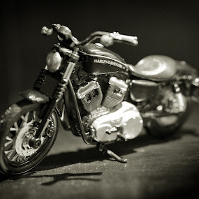 American Classic by Pope  Africanas - Artistic Objects Toys ( harley davidson )