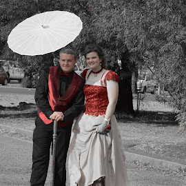 Selective Colour by Renette van der Merwe - People Couples ( selective color, pwc )