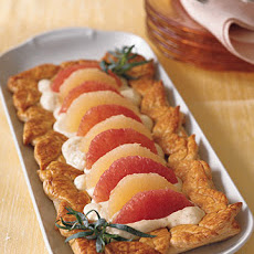 Grapefruit Tart with Tarragon Cream