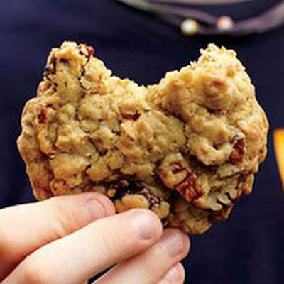 Cherry-Pecan Oatmeal Cookies
