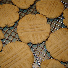 Blue Ribbon Peanut Butter Cookies