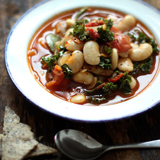 Meatless Monday with Martha Stewart – Garlicky Kale and White Bean Stew