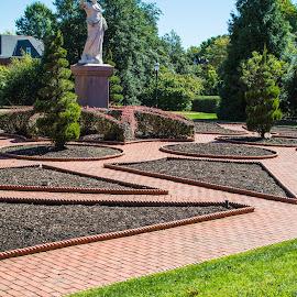 by Matt Meyers - City,  Street & Park  City Parks ( st louis, statue, geometric garden, garden, missouri botanical garden )