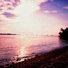 once again at losari makassar by Hartono Wijaya  - Landscapes Travel ( makassar, losari, beach )