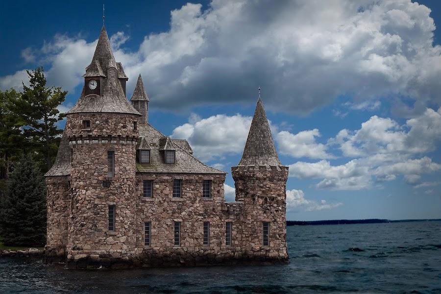 Bolt Castle by Flavio Mini - Buildings & Architecture Public & Historical ( clouds, water, sky, stone, castle, new york,  )