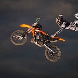 Snap by Rich Sutherland - Sports & Fitness Motorsports ( motocross, freestyle motocross, fmx, motorcycle, stunt, motorsport )