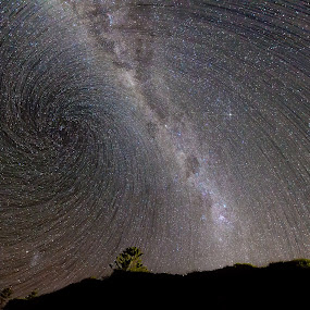 Vortex Milky Way by Ian Mills - Landscapes Starscapes ( star trails, gerroa )