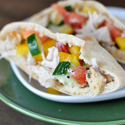 Greek Chicken Pita Pockets {Slow Cooker}