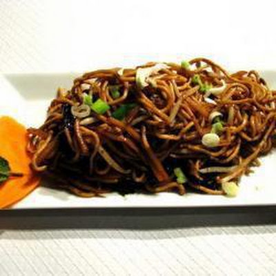 Chinese Noodles With Vegetables And Minced Beef
