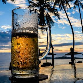 by Ralf Harimau Weinand - Food & Drink Alcohol & Drinks ( sonnenuntergang, sunset, pantai tengah, tengah, strand, langkawi, franipangi, relax, tranquil, relaxing, tranquility )