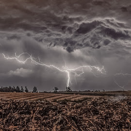 Storm by Garry Woodford - Landscapes Weather ( cool, lightning, lighting, nature, weather, night, storms, storm, nikon, natural, photography, nightscape )