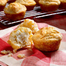 Peppered Cheddar Muffins