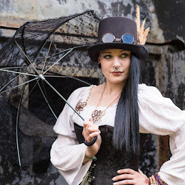 Steampunk V by Pascal Hubert - People Street & Candids
