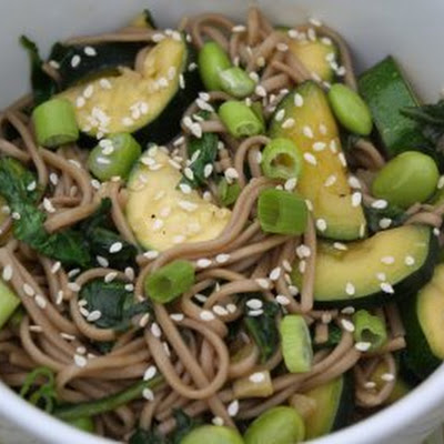 Soba Noodles with Edamame, Zucchini, and Spinach