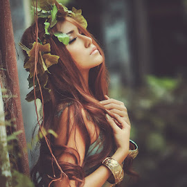 Poison Ivy by Ang Pictures - Novices Only Portraits & People