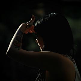 Looking by Solomon Aseoche - People Body Art/Tattoos