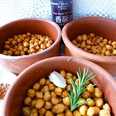 Kadami (Lebanese Roasted Chick Peas)