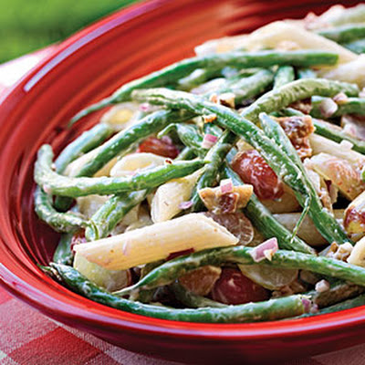 Green Bean, Grape, and Pasta Toss