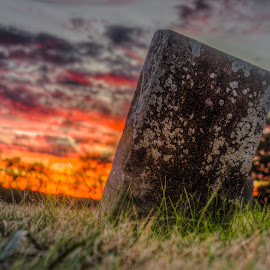 by Maurice FitzGerald - City,  Street & Park  Cemeteries ( sunset, soraxtm, cemetary, tennessee, headstone )