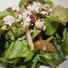 Arugula Salad With Grilled Mushrooms & Goat Cheese